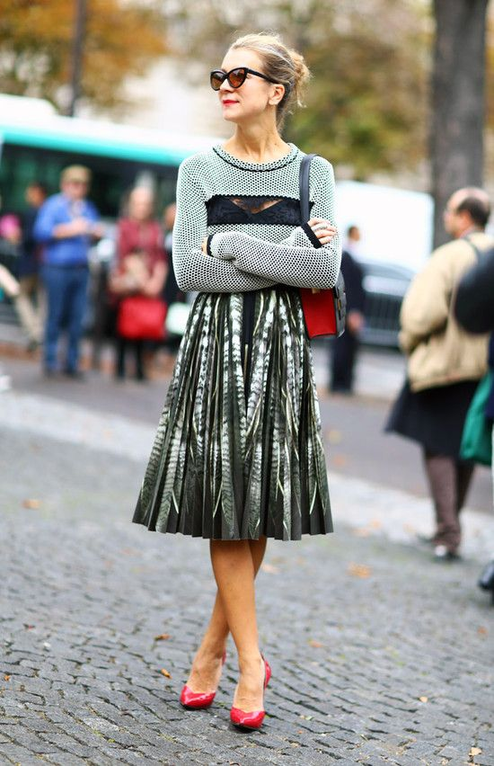 how-to-wear-a-pleated-skirt-8