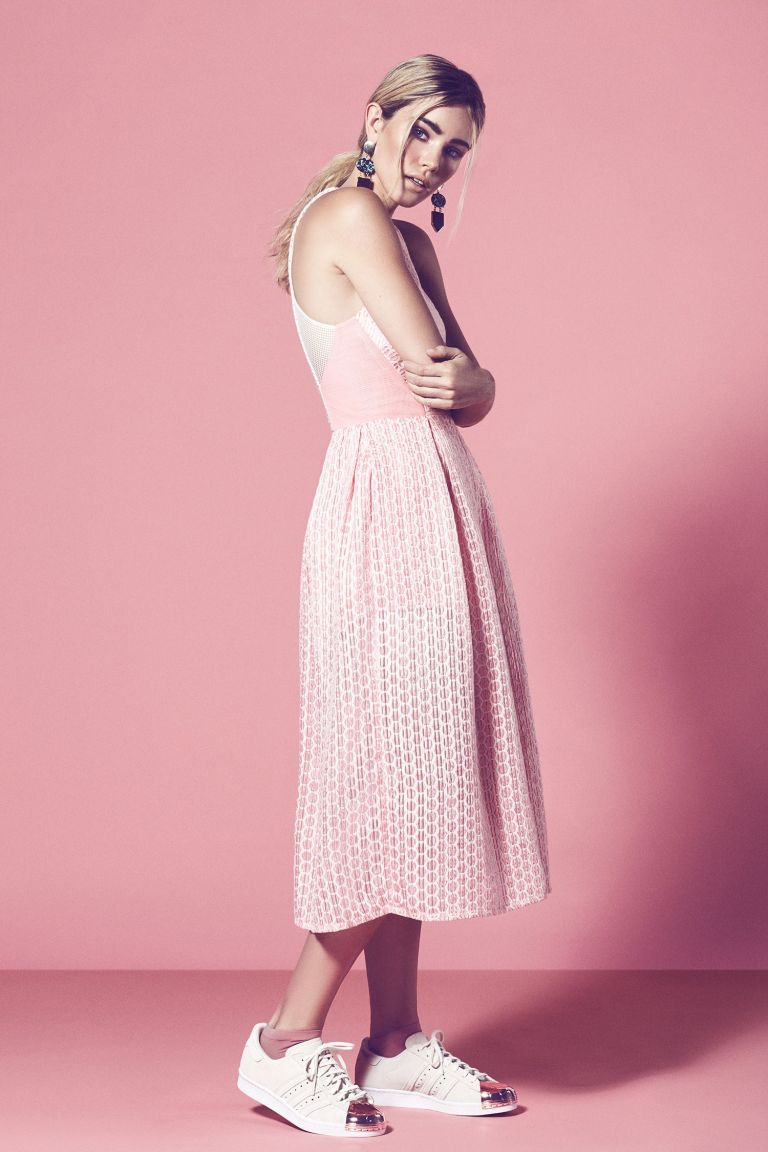 fashion-pink-story-pastels-editorial-pastel-london-photographer-ruth-rose-sophie-young-storm-solstice-magazine-10