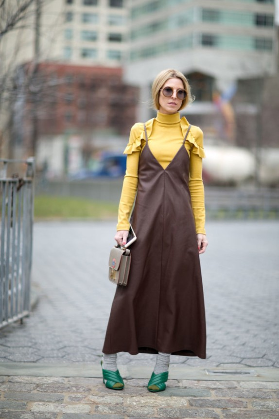 socks-slip-dress-turtleneck-dress-over-turlteneck-ruffles-yellow-ules-mules-green-mules-nyfw-street-style-ps-640x960