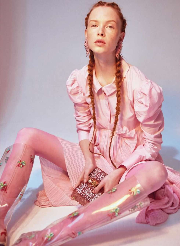 Dani-Witt-by-Arkan-Zakharov-for-Elle-Canada-December-2016-pink-fashion-editorial-3