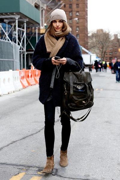 gray-beanie-camel-scarf-bag